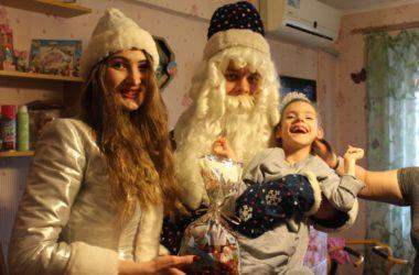 Активисты «Владимирской дружины» провели предновогоднюю акцию