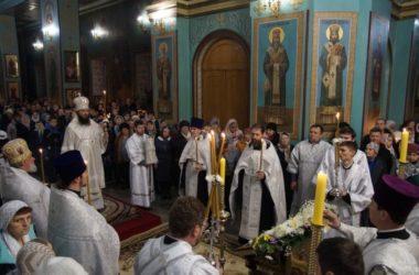 В канун праздника Рождества Христова в Казанском кафедральном соборе  состоялось архиерейское всенощное бдение