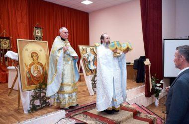 В доме престарелых и инвалидов состоялась ночная Божественная Литургия