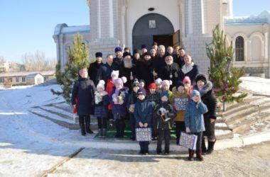 Три архиерея Волгоградской митрополии отслужили Литургию в Волжском