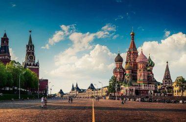 Александр Щипков комментирует предложение Патриарха Кирилла добавить в Конституцию упоминание о Боге