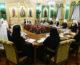 На заседании Синода обсуждают меры реагирования на распространение коронавируса