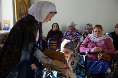 В Волгоградском доме-интернате впервые прочитали  канон Андрея Критского