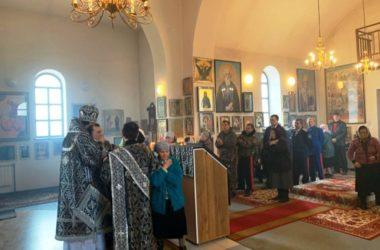 В хуторе Вертячий состоялась первая архиерейская служба за последние 100 лет