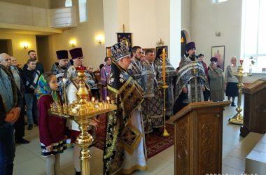 В Волгоградской  епархии сегодня отслужили первые  Литургии Преждеосвященных Даров