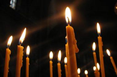Последование панихиды пасхальным чином в день Радоницы для домашнего совершения