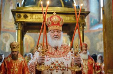 Проповедь Патриарха Кирилла в день Радоницы в Архангельском соборе Кремля.