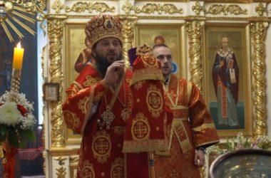 Глава епархии совершил Пасхальную вечерню в Казанском кафедральном соборе Волгограда