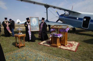 Воздушный крестный ход в Волгограде: видео, фото