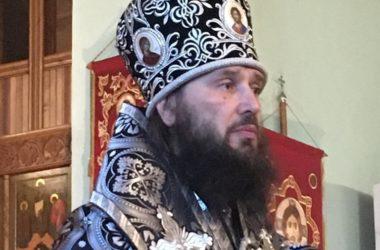 Митрополит Феодор совершил Литургию Преждеосвященных Даров в Свято-Духовском монастыре