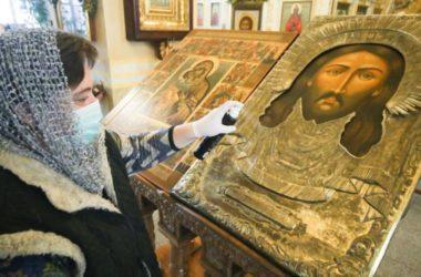 Приходы Волгоградской епархии оповещают прихожан о правилах посещения богослужений