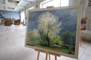 В волгоградском ЦУМе начали монтаж экспозиции о Великой Отечественной войне