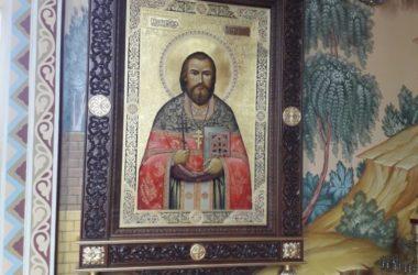 Владыка Феодор освятил иконы в поселке Сады Придонья