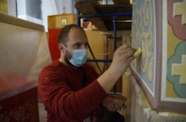 Росписи Спаса-Преображенского храма в Волгограде начались с алтаря