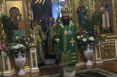 Митрополит Феодор совершил всенощное бдение в Казанском кафедральном соборе Волгограда