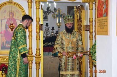 В городе Петров Вал состоялась первая архиерейская служба