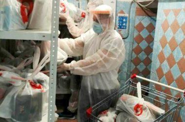 Волонтеры «Владимирской дружины» собирают продуктовые наборы для врачей