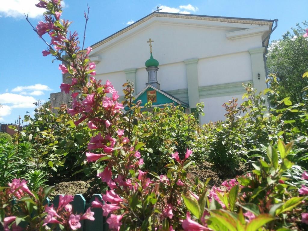 Храмы в трех шагах от праздника Троицы