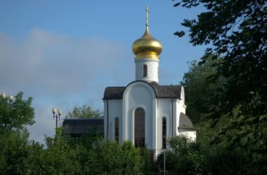 Приход храма святого Феодора Ушакова готовится к престольному празднику