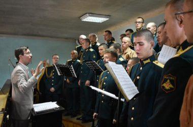 Смотрим и слушаем: православный хор Инженерных войск «За веру и Отечество» в Волгограде
