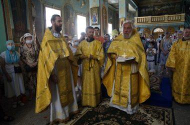 В день иконы «Прибавления ума» в храмах Волгоградской епархии молились об учащихся