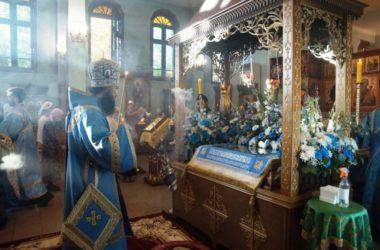 Чин Погребения Богоматери в Свято-Духовском монастыре возглавил митрополит Феодор
