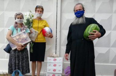 В Волгоградский дом престарелых и инвалидов передали очередную партию продуктов
