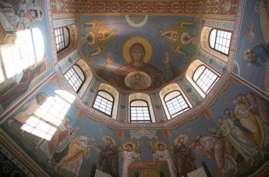 Андрей Бочаров о росписях собора Александра Невского: «это по настоящему шедевр»