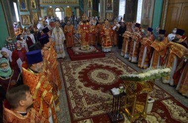 В Волгоградской митрополии торжественно отметили день Александра Невского