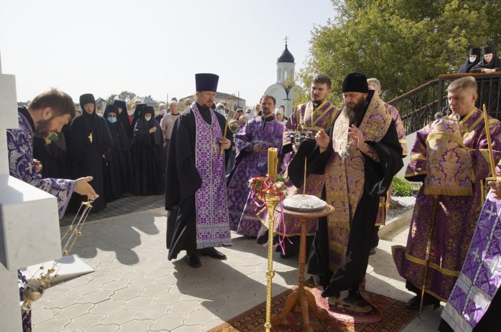 В Свято-Вознесенском монастыре почтили память настоятельницы монахини Христины