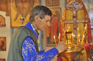 Волгоградский священник дает ответы СМИ о церковных традициях