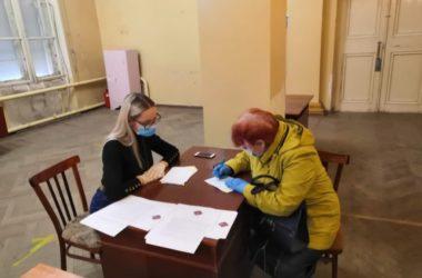 Активисты Волгоградской епархии оказывают гуманитарную помощь в отдаленных районах города