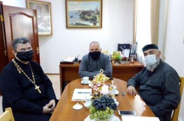 Благочинный Камышинского округа провел ряд встреч с представителями церкви и общественности