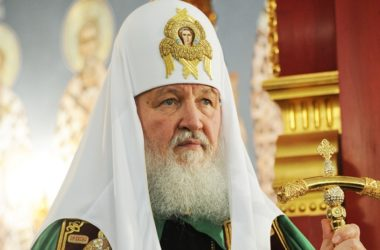 Патриарх Кирилл призвал продлить режим прекращения огня в Карабахе