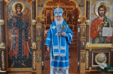 В праздник Казанской иконы Божией Матери Патриарх Кирилл совершил Литургию в Александро-Невском скиту
