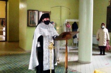 В Никольском кафедральном соборе помолились о жертвах политических репрессий
