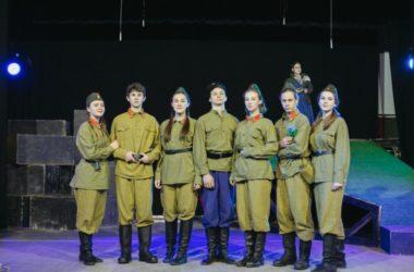 «Сталинград. Остаться человеком». Театр «Миргород» приглашает на новый спектакль