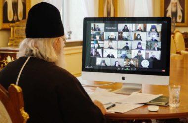 Патриарх Кирилл возглавил заседание Высшего Церковного Совета в дистанционном формате