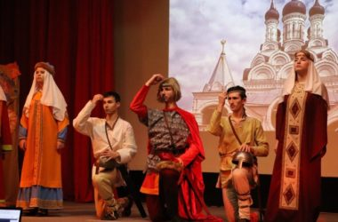 На телеканале «Волгоград-ТРВ» вышел сюжет о спектакле «Жизнь Александра Невского: Наречен быть защитником»