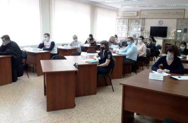 Священнослужитель Волгоградской епархии принял участие в заседании комиссии по делам несовершеннолетних