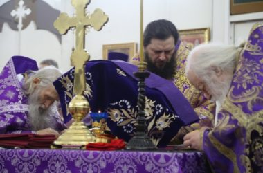 В храме пророка Божия Илии состоялось архиерейское богослужение