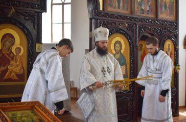 Правящий архиерей совершил Литургию в Свято-Вознесенском монастыре