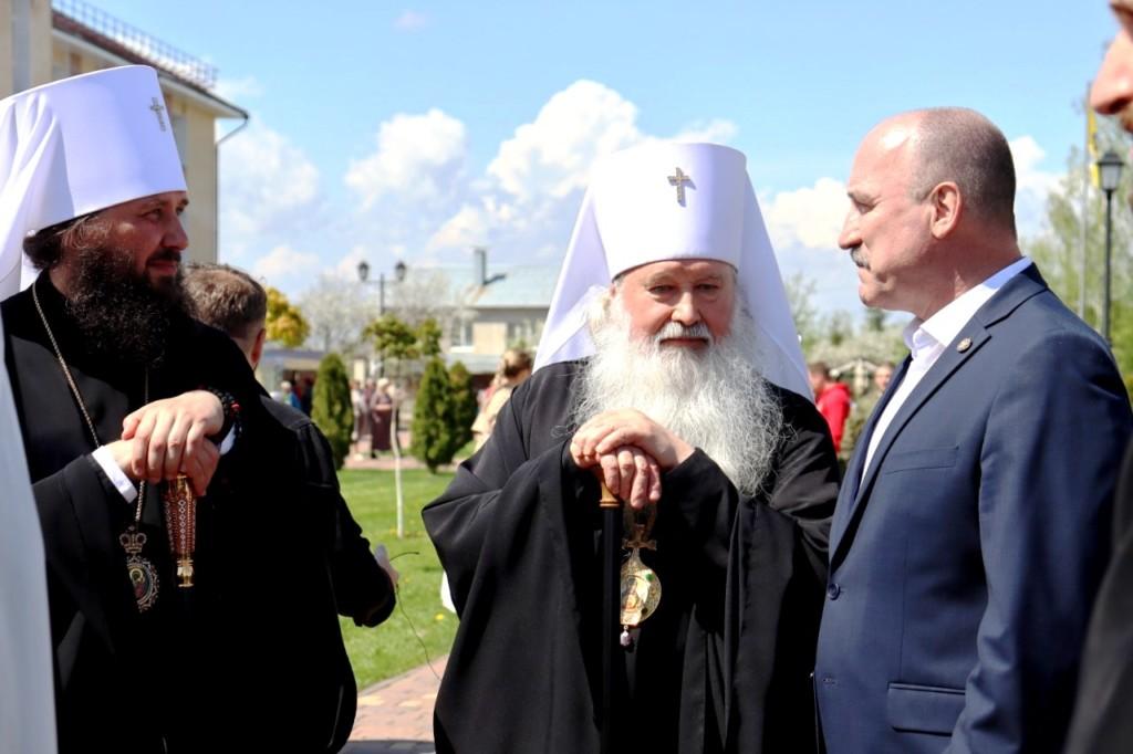 Владыка Феодор принимает участие в мероприятиях фестиваля «Традиции Святой Руси»