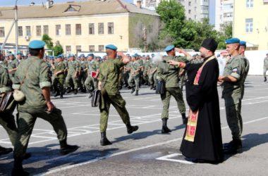 Десантники получили благословение на новый учебный год