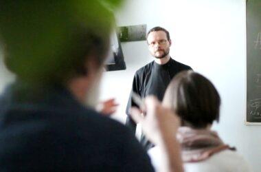 Абьюз как психологическое явление обсудят в студии «Православие и Психология»