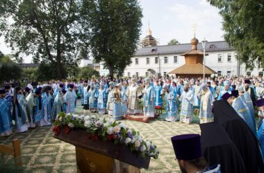 Митрополит Феодор принял участие в торжествах по случаю дня памяти Толгской иконы Божией Матери