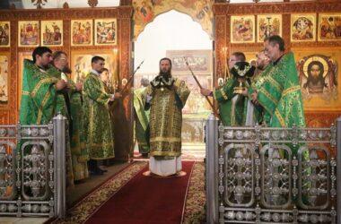 Память преподобного Серафима Саровского почтили в Свято-Духовском монастыре