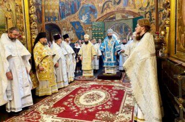Митрополит Феодор поздравил епископа Вениамина (Лихоманова) с годовщиной епископской хиротонии
